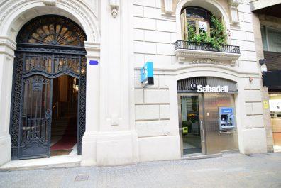 Ref 3955V – Local en venta en la zona de Sarrià, Barcelona. 186m2