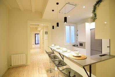 Ref 3965V – Apartamento en venta en la zona de Ciutat Vella, Barcelona 110m2