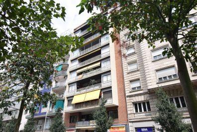 Ref 3967V – Apartamento en venta en la zona de Francesc Macià, Barcelona. 115m2