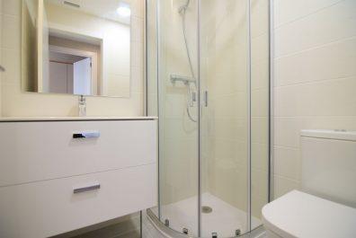 Ref 3978V –  Apartamento en venta en la zona de Sants, Barcelona 88 m2