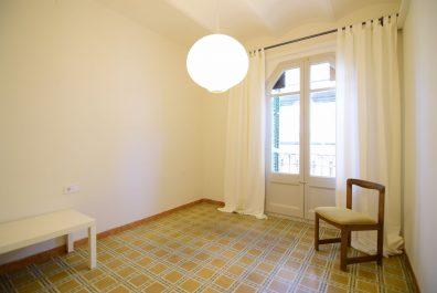 Ref 3988 – Apartamento en alquiler en la zona de Poble Sec, Barcelona. 45m2