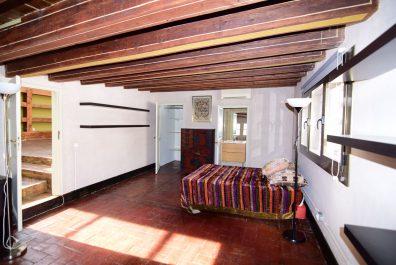 Ref 4028 – Ático en alquiler en la zona de  Plaça Universitat, Barcelona 250 m2