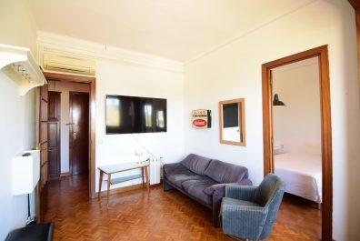 Ref 4054 – Apartamento en alquiler en la zona de Barceloneta, Barcelona. 57m2