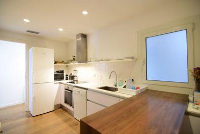 Ref 4055 – Apartamento en alquiler en la zona de Sant Gervasi, Barcelona. 100m2