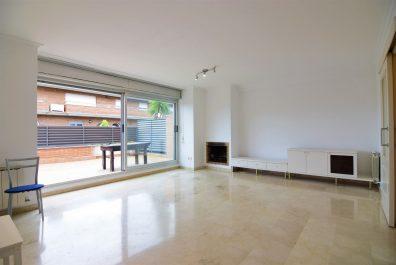 Ref 4063 – House for rent in Sant Feliu de Llobregat. 220m2