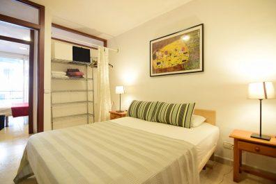 Ref 4067 – Apartamento en alquiler en la zona de Poble Sec, Barcelona. 80m2
