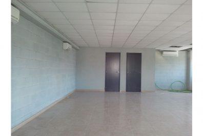 Ref 4080 – Nau industrial en lloguer a la zona de l'Hospitalet de Llobregat. 1.143m2