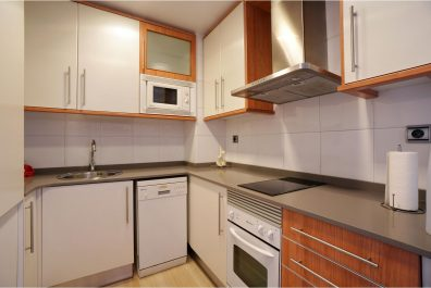 Ref 4101T – Apartment for rent in Sagrada Família, Barcelona. 50m2